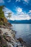 哈里逊湖看法在哈里逊温泉城不列颠哥伦比亚省加拿大附近的 免版税库存图片