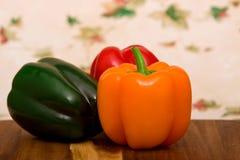 响铃五颜六色的新鲜的胡椒 免版税库存照片