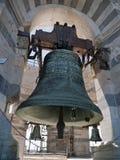 响铃倾斜比萨塔的意大利 免版税库存照片