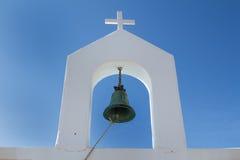 响铃和十字架,希腊 免版税图库摄影