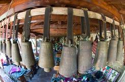 响铃在保加利亚乡下小酒馆 库存图片
