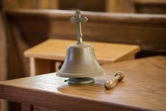响铃在教会里 免版税库存图片