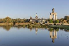 响铃宫殿的美好的反射在吉夫霍恩县,德国 免版税库存图片