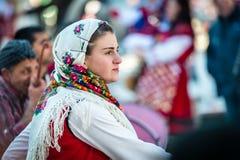 哑剧演员或Kukeri节日在拉兹洛格,保加利亚 免版税库存图片
