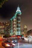 哥伦布塔在旧金山在晚上 免版税库存图片
