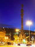 哥伦布纪念碑夜视图。巴塞罗那 库存照片