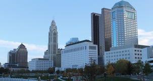 哥伦布,俄亥俄地平线在一个晴天4K 影视素材