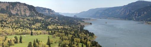 哥伦比亚峡谷全景河 免版税库存图片