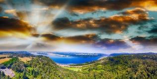 哥伦比亚河峡谷在俄勒冈,全景鸟瞰图 免版税库存图片