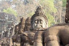 吴哥城(阿修罗),柬埔寨雕象  库存照片