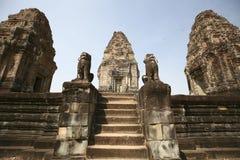 吴哥寺庙(东部Mybeng),柬埔寨入口  免版税库存照片