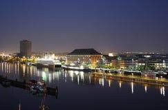哥德堡沿海岸区在晚上 库存图片