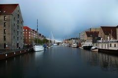 哥本哈根丹麦运河水路 免版税图库摄影