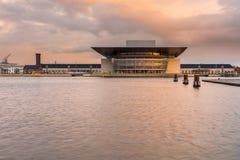 哥本哈根歌剧院的看法在哥本哈根 免版税库存照片