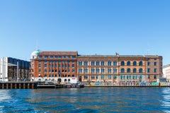 哥本哈根老市的看法从渠道的 库存照片