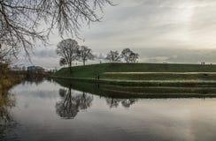 哥本哈根,丹麦-在运河的反射 免版税库存照片