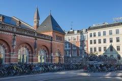 哥本哈根,丹麦- 2017年4月30日:一和两层的自行车 免版税库存照片