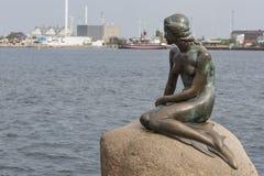 哥本哈根,丹麦- 9月, 07 :littl的一个著名雕象 免版税库存照片