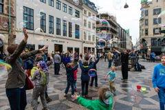 哥本哈根,丹麦- 2015年8月24日:泡影吸引力在街市的哥本哈根,丹麦 免版税库存照片