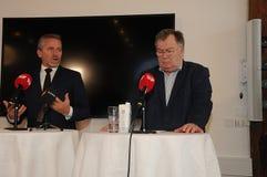 哥本哈根/丹麦15 2018年11月 丹麦的三位部长外交事务的安德斯Samuelsen丹麦部长大臣为 库存照片
