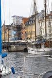 哥本哈根- 9月07 :在NYHAVN的游艇201 9月07日, 免版税图库摄影