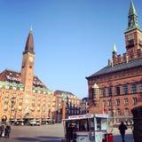 哥本哈根Hotel de Ville和Scandic旅馆 免版税库存图片