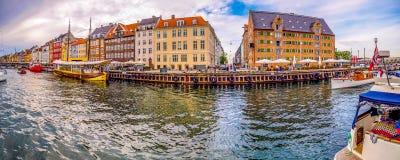 哥本哈根Nyhavn的颜色 免版税库存图片