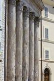 哥林斯人专栏,智慧女神,阿西西,意大利寺庙  免版税库存照片