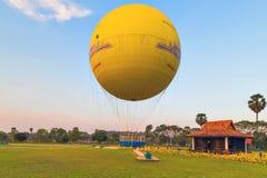 吴哥热空气气球,暹粒 库存图片
