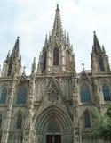 哥特式处所的巴塞罗那大教堂 库存照片