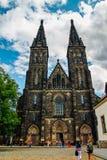 哥特式大教堂圣徒Pavol和彼得- Vysehrad 库存照片