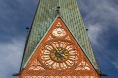 哥特式大教堂教会在Luneburg的历史的中心 库存图片