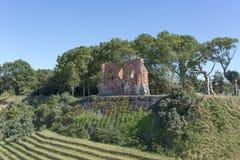 哥特式教会废墟从位于Trzesacz的14/15世纪在波罗的海附近 库存图片