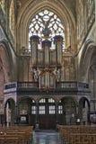 哥特式教会的器官仪器 免版税库存照片