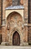 哥特式教会的门户 库存图片