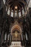 哥特式样式教会内部  免版税库存图片