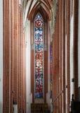 哥特式St伊丽莎白教会的内部在弗罗茨瓦夫 免版税库存图片