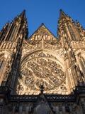 哥特式St Vitus大教堂在布拉格 库存照片