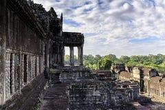 吴哥窟大阳台 这是在柬埔寨和最大的宗教纪念碑的寺庙复合体在世界上 免版税库存图片
