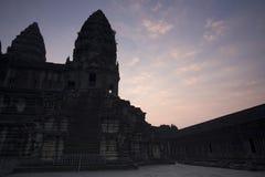 吴哥窟早晨,柬埔寨的太阳上升 库存照片