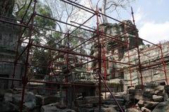 吴哥窟的重建 免版税库存照片