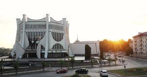 哥罗德诺,比拉罗斯 日落或黎明时间的哥罗德诺地方戏曲剧院 影视素材