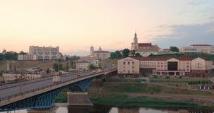 哥罗德诺,比拉罗斯 横跨尼曼河、地方戏曲剧院、圣法兰西斯泽维尔大教堂和Bernardine的桥梁 影视素材