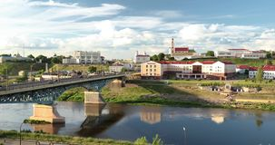 哥罗德诺,比拉罗斯 横跨尼曼河、哥罗德诺地方戏曲剧院、圣法兰西斯泽维尔大教堂和Bernardine的桥梁 影视素材