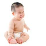 哭泣的亚裔男婴 免版税库存照片
