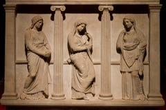 哭泣的妇女的石棺 免版税库存图片