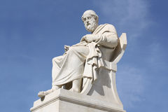 哲学家柏拉图雕象在雅典,希腊 库存照片