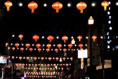 唐人街在晚上,旧金山,加利福尼亚,美国, 2017年12月27日 免版税库存照片