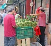 唐人街市场购物 免版税图库摄影