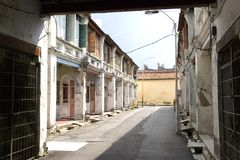 唐人街毁坏了房子 免版税库存图片